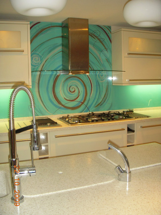 Kitchen bathroom renos on pinterest glass panels for Funky kitchen accessories uk
